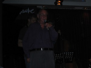 Dr. Scat singing at The Montmartre